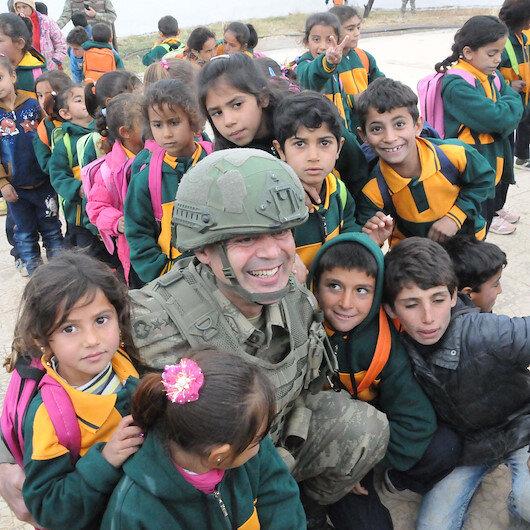 Tel Abyadda teröristlerin tahrip ettiği okul onarılarak eğitime açıldı