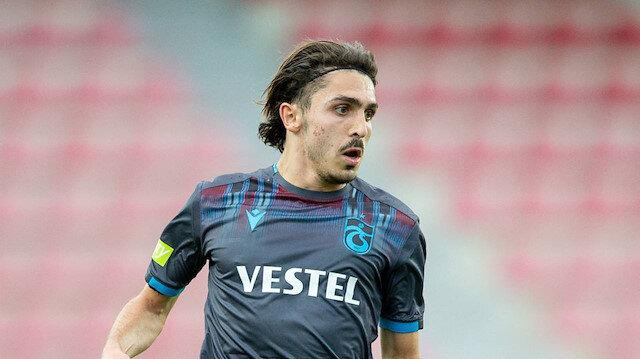Abdülkadir Ömür, bordo-mavili formayla çıktığı 77 maçta 10 gol atarken 18 de asist yaptı.