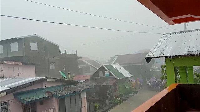 Filipinler Kammuri Tayfunu'na hazırlanıyor: 43 bin kişi tahliye edildi