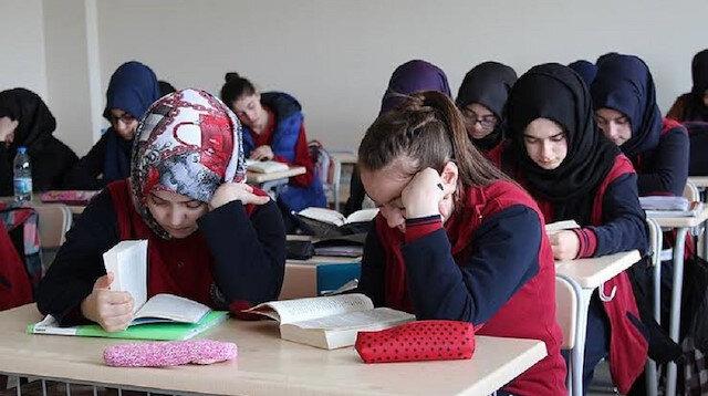 MEB'den 'ayrımcılık' düzeltmesi: Projeye imam hatip okulları da dahil edildi