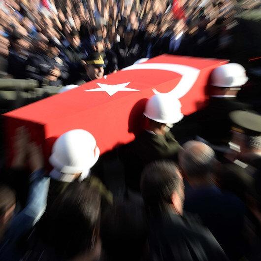 Van'da silah kazasında yaralanan askerimiz şehit oldu