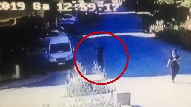 Otomobil sürerken tüfekle vurularak öldürüldü