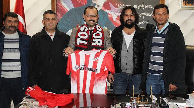 Hem belediye başkanı hem futbolcu