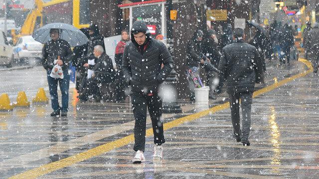 Meteoroloji hava durumu tahminlerini açıkladı: 17 ile yağış uyarısı