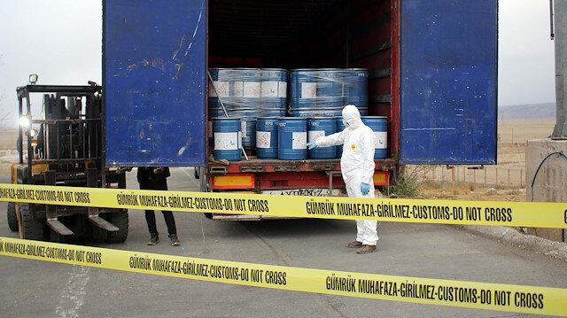 Gümrük Muhafaza ekiplerince Gürbulak Sınır Kapısı'nda 18,4 ton siyanür ele geçirildi