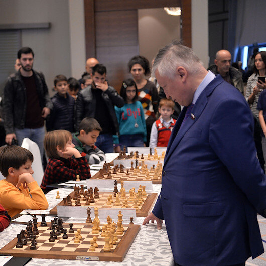 Chess legend Karpov, Turkish pre-teen play to draw