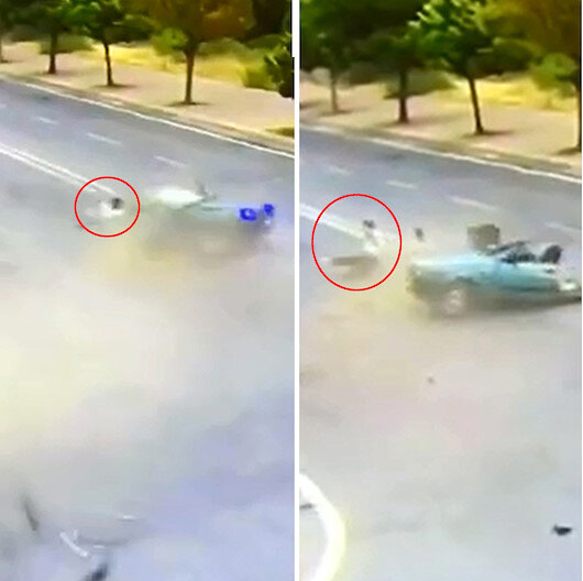 İkiye bölünüp paramparça olan araçtan sağ kurtuldu