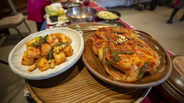 Korean Embassy introduces savory kimchi to Turkey