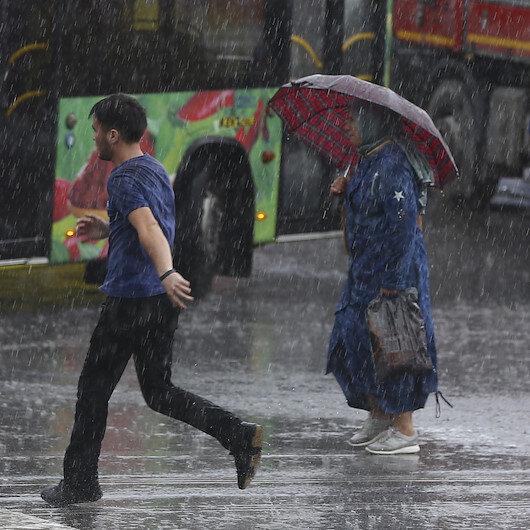 Meteorolojiden kuvvetli ve şiddetli yağış uyarısı