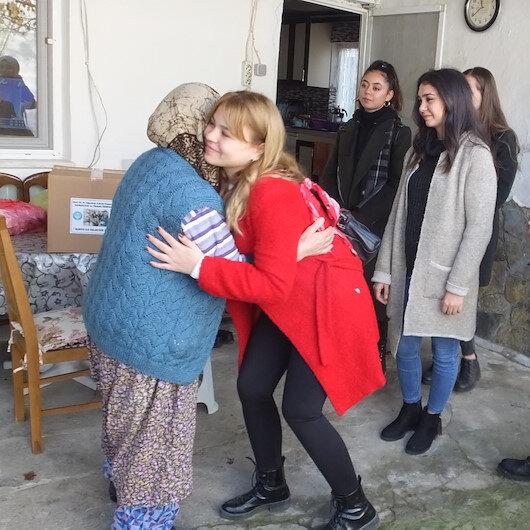 Balıkesir'deki üniversiteli gençlerden alkışlanacak proje: İhtiyaç sahibi ailelerin umudu oldular