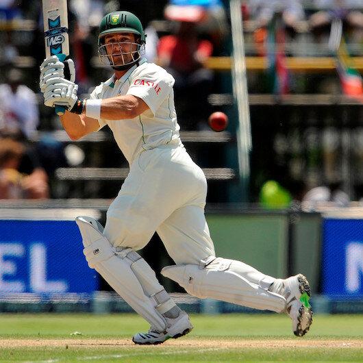 Cricket: SAfrica's Boucher warns England: 'Beware a wounded buffalo'