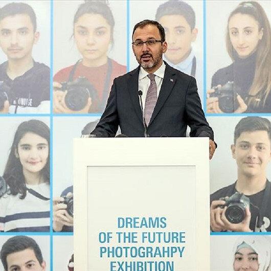 مطار إسطنبول يحتضن معرض صور لشباب أتراك وسوريين