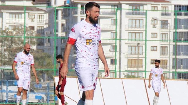 1. lig efsanesi Serdar Özbayraktar kariyerini noktaladı
