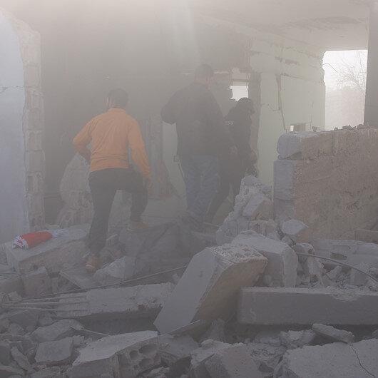 Esed rejiminden İdlib'de yoğun hava saldırıları: 8 sivil öldü
