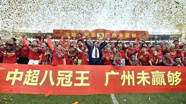 Dünya futbolu nefes alacak: Çin'de astronomik sözleşmeler tarih oluyor
