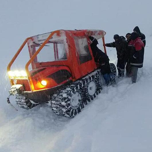 Kar nedeniyle mahsur kalan 4 kişiyi AFAD kurtardı
