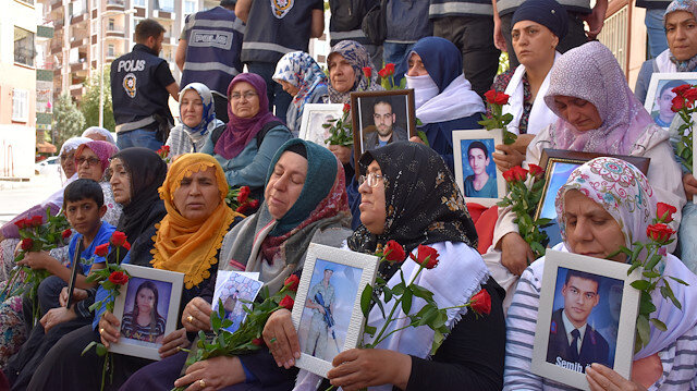 Mothers' sit-in protest against YPG/PKK in Turkey