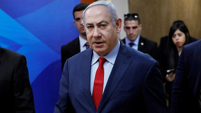 Israel's Prime Minister Benjamin Netanyahu arrives to the weekly cabinet meeting in Jerusalem January 5, 2020. REUTERS/Ronen Zvulun