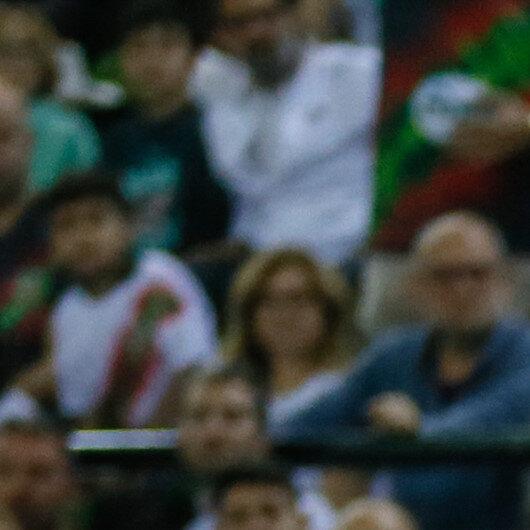 Anadolu Efes lead Turkish basketball league's 1st half