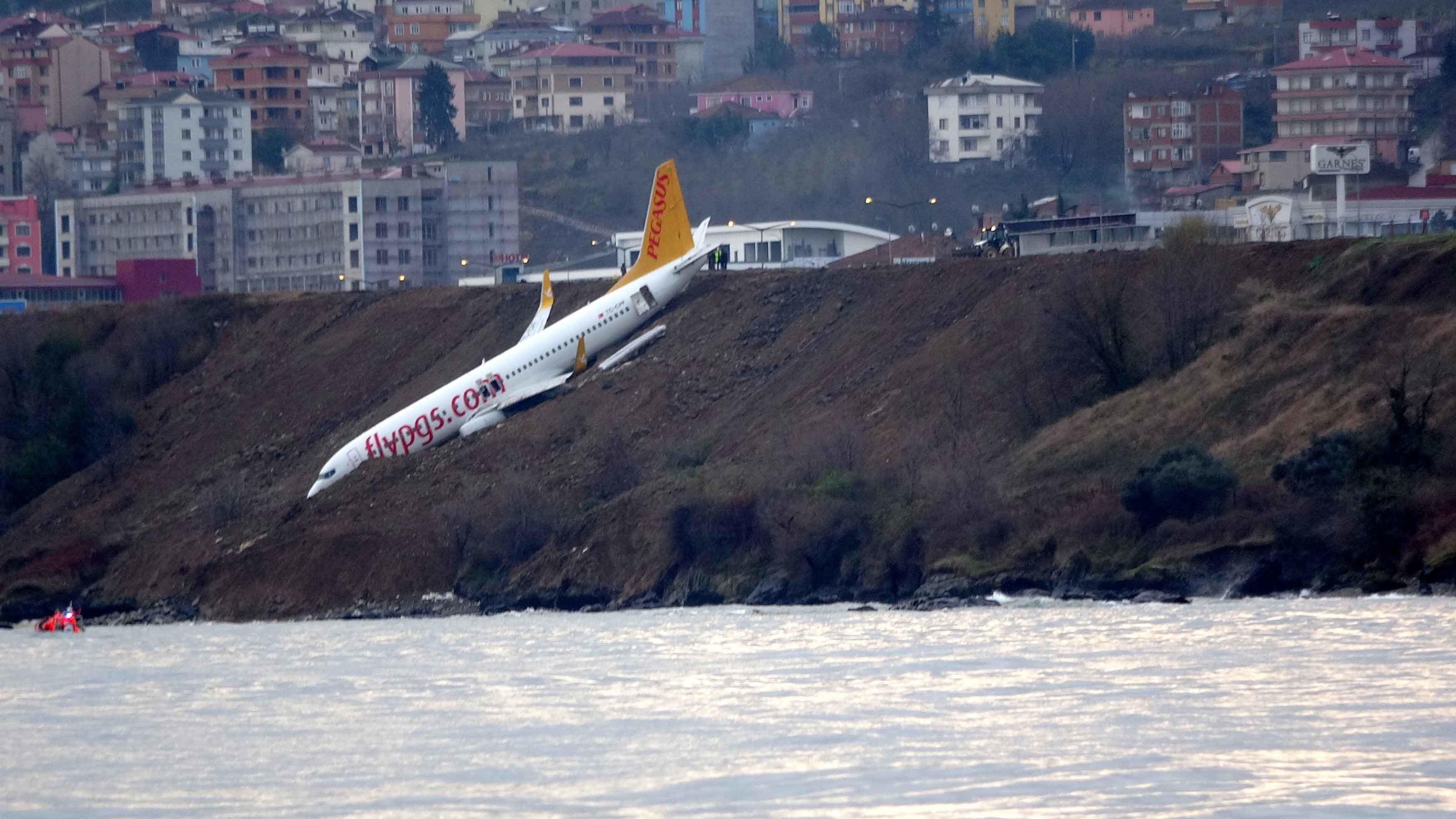 Trabzon'da pistten çıkan uçak Pegasus Havayollarına aitti