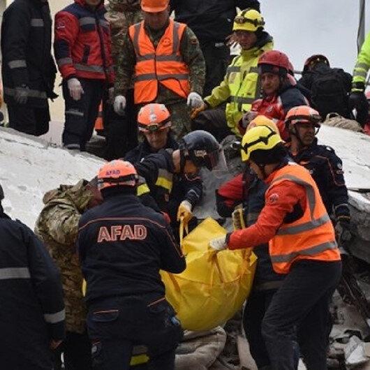 تركيا تشرع ببناء 500 وحدة سكنية لضحايا الزلزال بألبانيا نهاية يناير