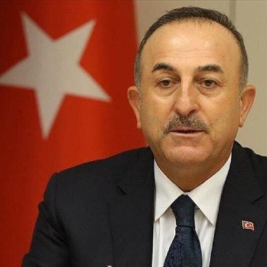 وزير الخارجية التركي يتباحث مع نظيره الإيطالي هاتفيا