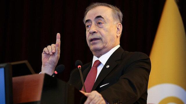 Galatasaray Başkanı Mustafa Cengiz,  10 bin euronun kat ve kat üstünde menajerlik ücreti ödedikleri söyledi.