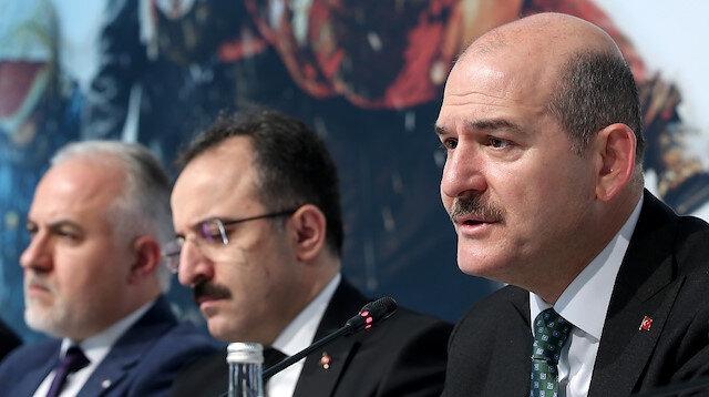 وزير الداخلية التركي: 312 ألف سوري نزحوا من إدلب نحو الحدود التركية منذ ديسمبر