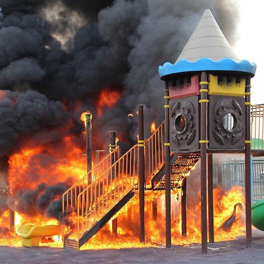 Kayseri'de çocuk parkını benzinle kundakladılar