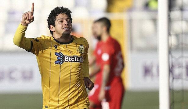 Guilherme bu sezon ligde 17 maçta 5 gol, 6 asist ile oynadı.