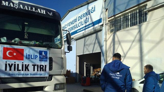 جمعيات تركيا تواصل تقديم المساعدات لنازحي إدلب