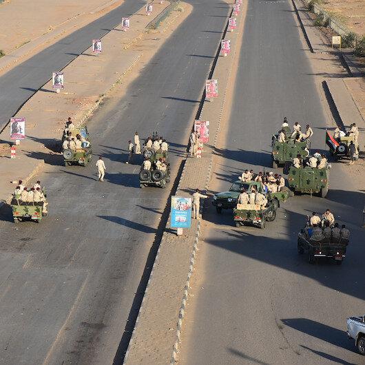 Sudan'da darbe girişimi bastırıldı: 43 istihbaratçı gözaltına alındı