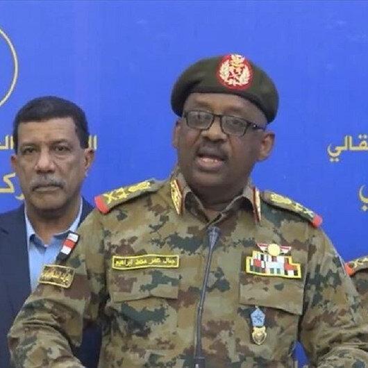 وزير الدفاع السوداني يشيد بالتعاون العسكري مع تركيا
