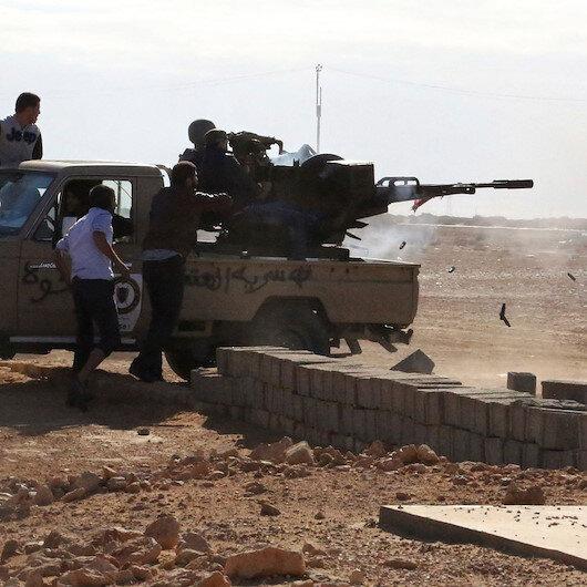 Libya'da darbeci Hafter'e bağlı güçler ateşkesi bozdu