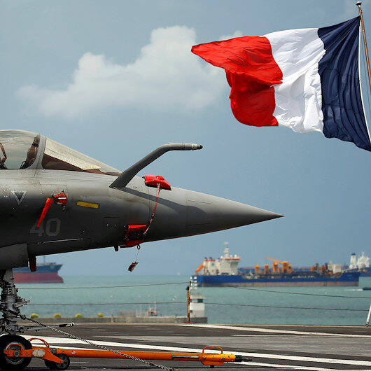 France to deploy aircraft carrier to Middle East