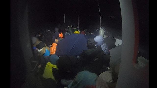 خفر السواحل التركي يضبط 70 مهاجرًا قبالة