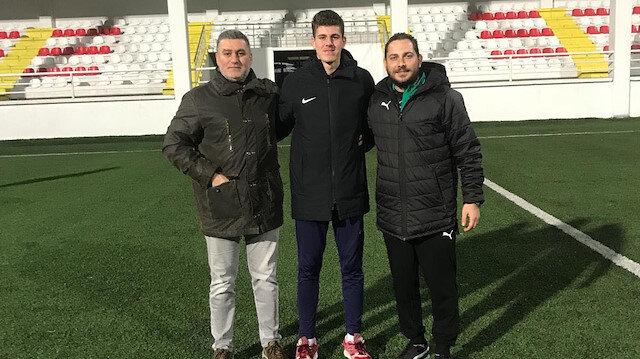 Fenerbahçe 16 yaşındaki kaleci Ömer Türker'i kadrosuna kattı