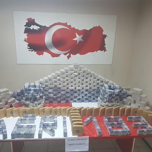 تركيا تضبط شاحنة إيرانية تحمل 183 كيلوغراما هيروين