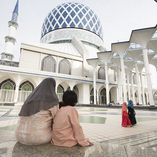 Malaysian state makes changes to dawn prayer time