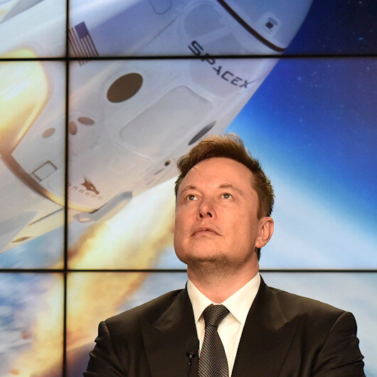 SpaceX successfully tests emergency escape system