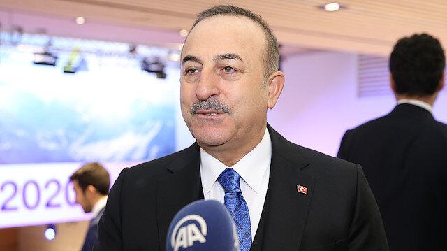 تشاووش أوغلو: تركيا محط اهتمام عالم الأعمال والمال في دافوس
