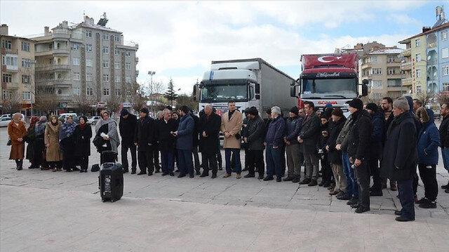 3 ولايات تركية ترسل 45 شاحنة مساعدات إنسانية إلى إدلب