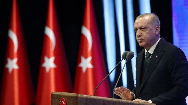 أردوغان: مؤسساتنا تتخذ التدابير اللازمة لتجاوز تبعات الزلزال