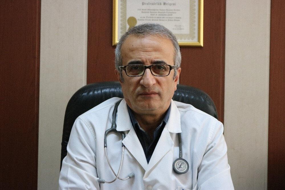 Dicle Üniversitesi Tıp Fakültesi Göğüs Hastalıkları Ana Bilim Dalı Öğretim Üyesi Prof. Dr. Abdurrahman Şenyiğit.