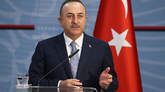 تشاووش أوغلو: وفد تركي يزور موسكو لإجراء مباحثات حول إدلب