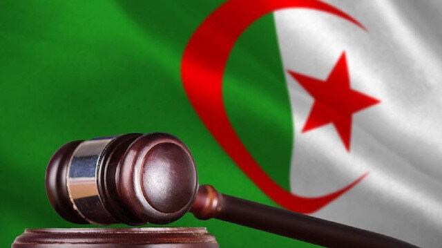 قاض جزائري يحكم بالسجن على مدير شبكة إعلامية كان مقربا من بوتفليقة