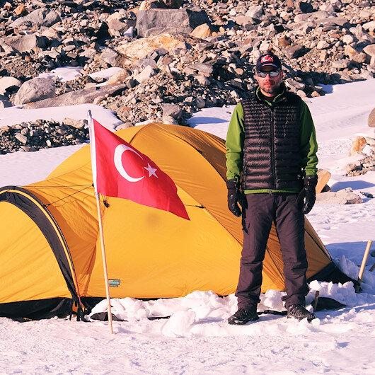 Antarctica: Turkish scholar collects 10,000 meteoroids