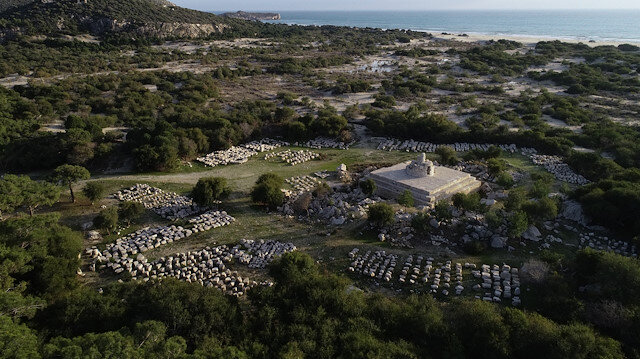 """منارة """"باتارا"""" الأثرية في أنطاليا التركية .. تحافظ على طبيعتها منذ ألفي عام"""