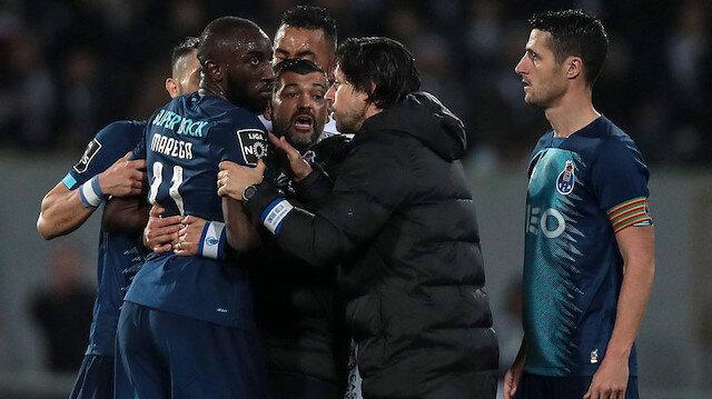 Portekiz'de ırkçılık skandalı: Moussa Marega sahayı terk etti