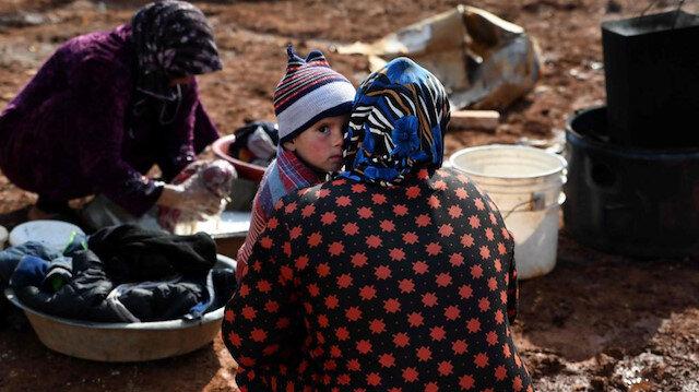 نزوح 148 ألف مدني من إدلب نحو الحدود التركية خلال 6 أيام